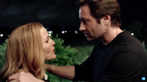 """Dana Scully (Gillian Anderson) and Fox Mulder (David Duchovny) are back on """"The X-Files!"""""""