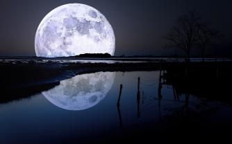 full moon still